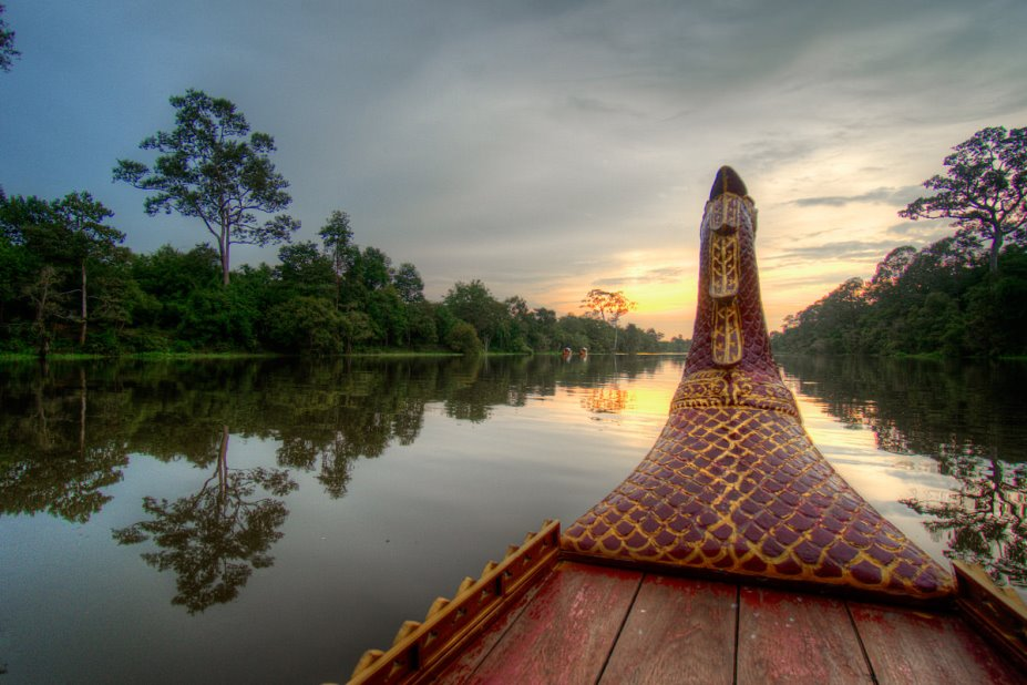 Sunset cruise at Angkor Thom