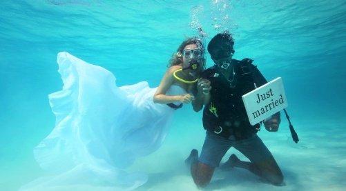 """<img src=""""Koh_Kradan-001.jpg"""" alt=""""Underwater wedding in Koh Kradan"""">"""